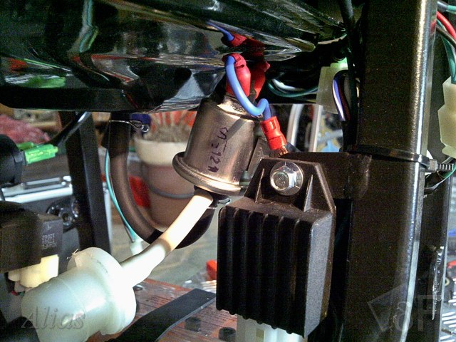 Электромагнитный клапан подачи топлива