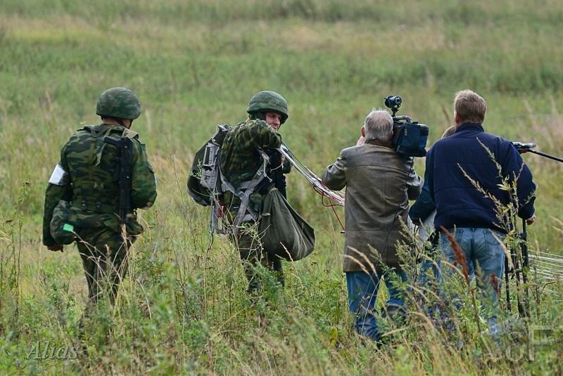 Десант и журналисты