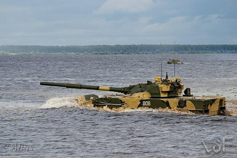 """Плавающий танк """"Спрут"""""""