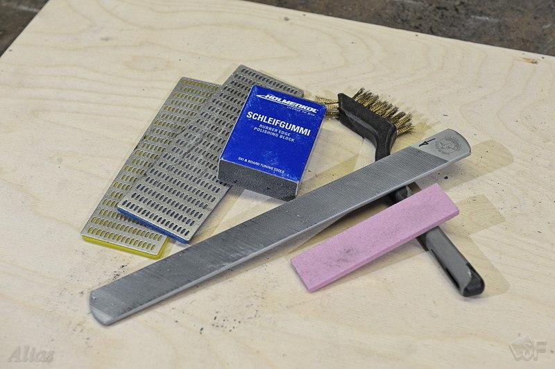 Напильник, резиновый и оксидный бруски и алмазные файлы