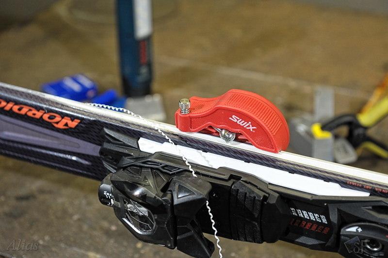 Инструмент для подрезания боковой поверхности лыж или сноуборда TA101N Swix